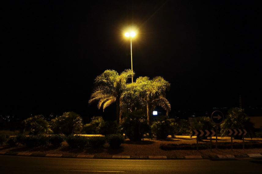 Jávea Xàbia Roundabout at night Photo by Kristian Laban