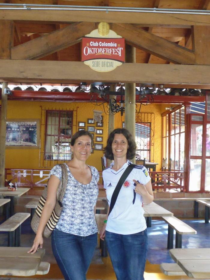 Medellín el rancherito oktoberfest chicas