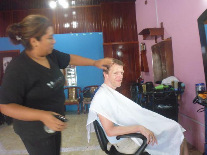 Isla Isabela, Puerto Villamil Hairdresser