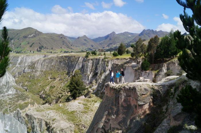 canyon del rio toachi ecuador