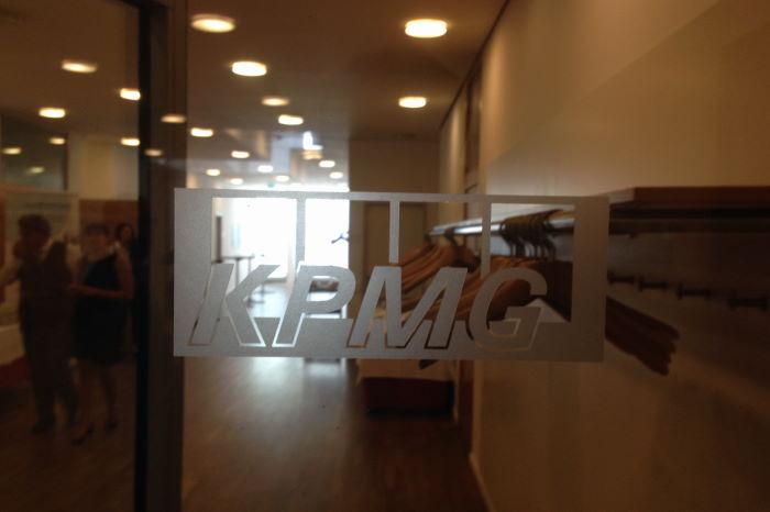 KPMG Besprechungsräume München Firmenlogo
