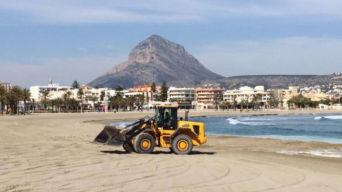 Javea, Playa Arenal, Bagger