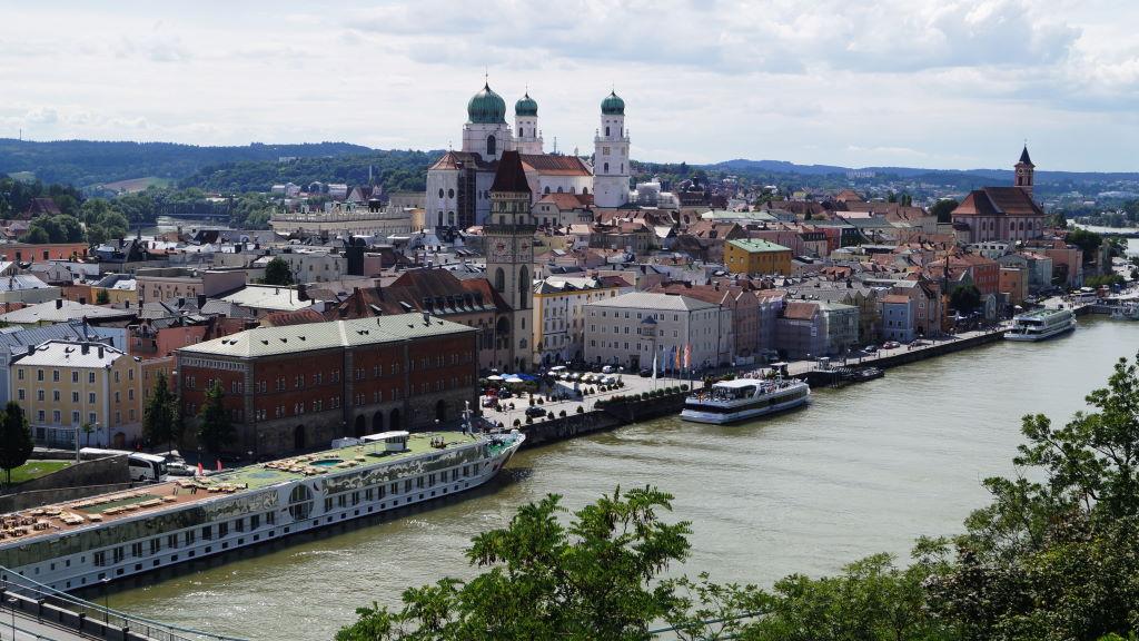 Über den Dächern Passaus in Niederbayern