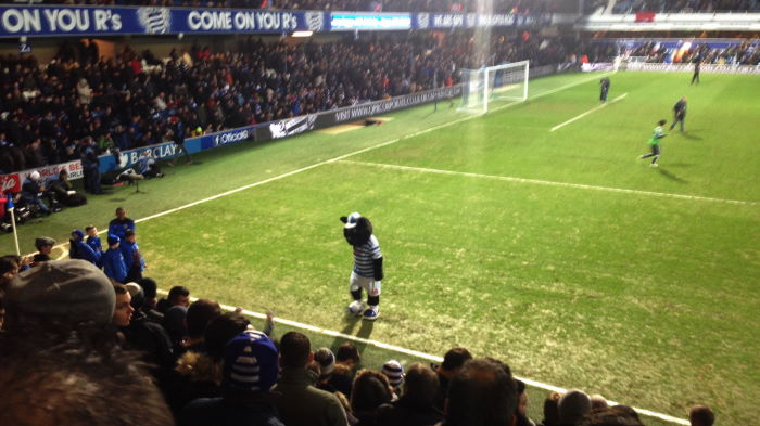 London, Loftus Road: Queens Park Rangers vs. Swansea City Jude the cat